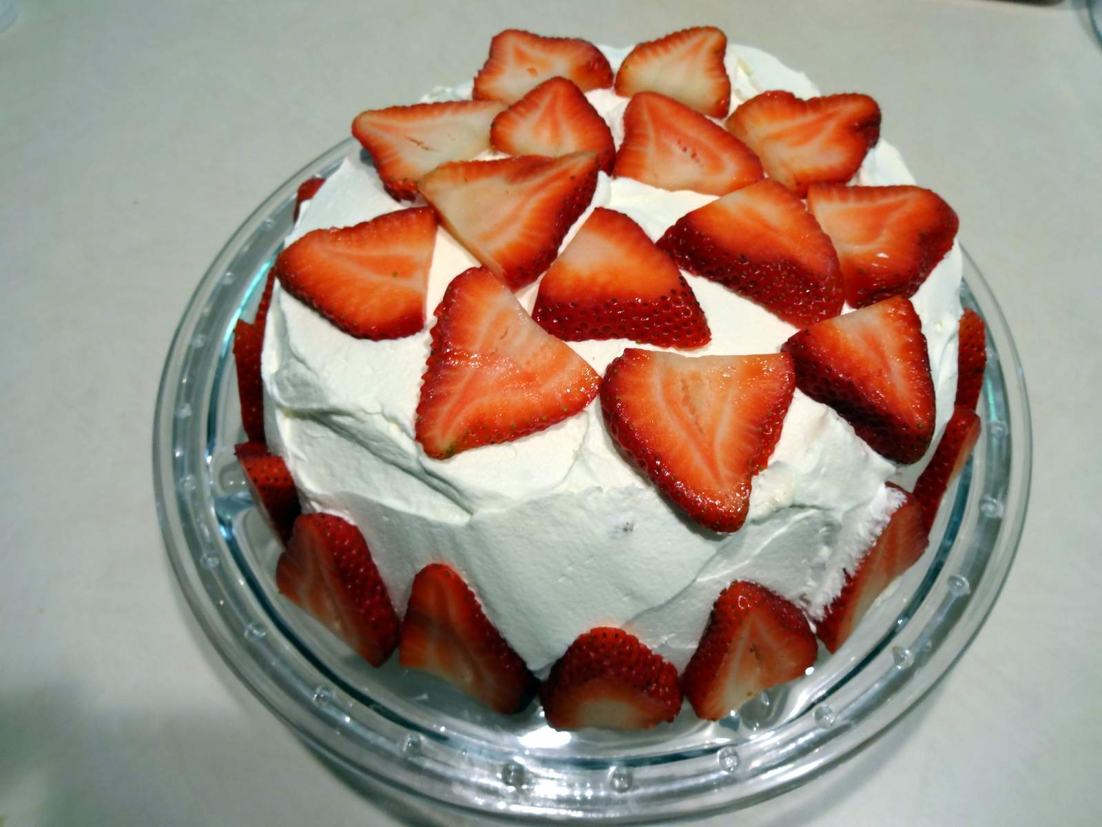 Of Baking Cakes For Everyone As A Birthday Present And This Year My Mom Asked An Angel Food Cake With Whipped Cream Strawberries
