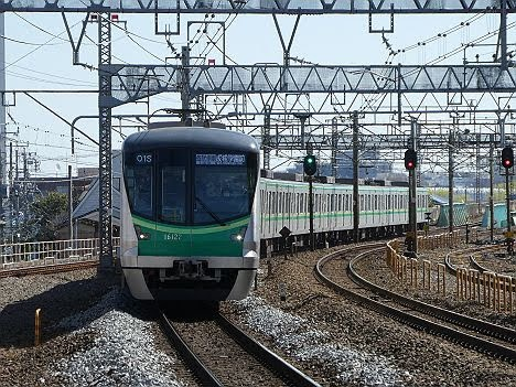 【ダイヤ改正で新登場!】16000系の各駅停車 成城学園前行き