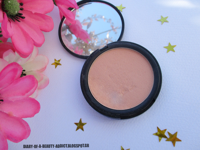 Dust+Cream Compact Powder No 03 Soft Carress
