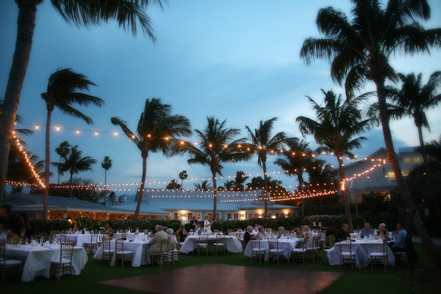 Kings crown lawn wedding at sunset captiva island