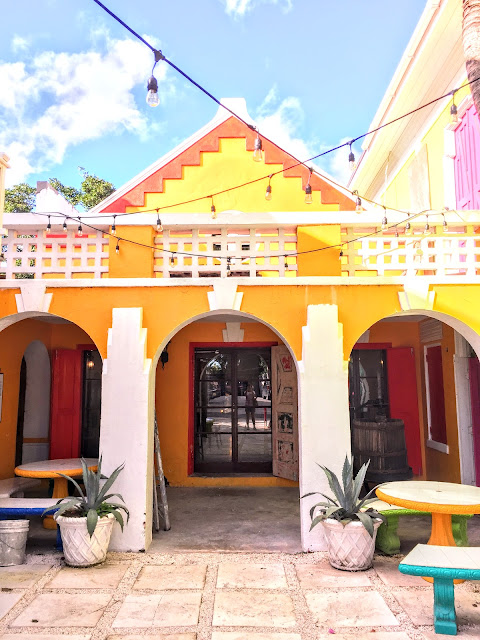 Bahama Barrels winery, Nassau - curiousadventurer.blogspot.com