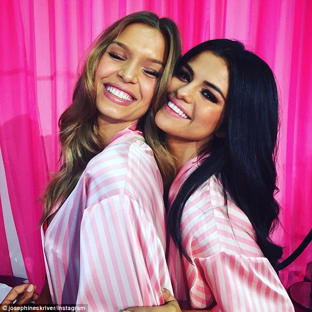 Selena Gomez mingles with models backstage at the VS Fashion Show