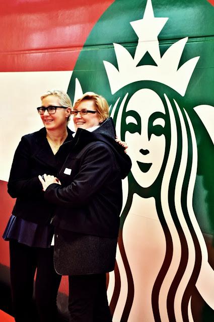 Starbucks-Sbb-Wagon-Jeannine-Pilloud-Liz-Muller