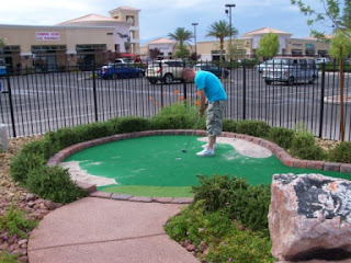 Mini Golf in Las Vegas - The Putt Park
