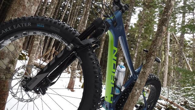 Camelbak Podium Ice Water Bottle On Bike in Wiinter