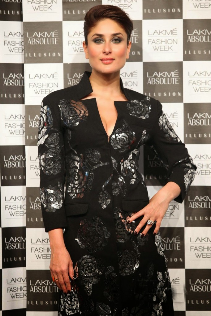 Kareena Kapoor 2016 Beautiful Photos In Black Dress