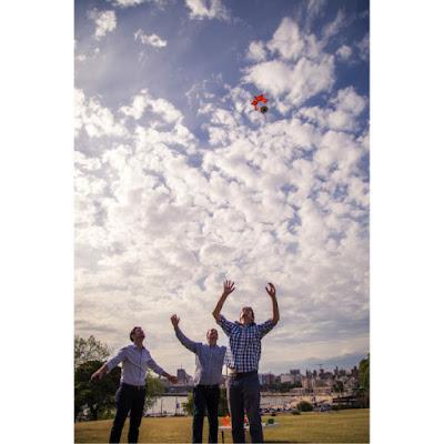 Kurang Budget Untuk Beli Drone? Parasut Murah Ini Bisa Jadi Solusinya