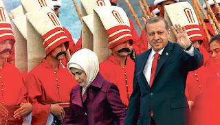 Ο σουλτάνος Ερντογάν και η ολέθρια σχέση με τον Στρατό του