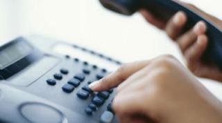 Η απίστευτη απάντηση τηλεφωνήτριας σε 22χρονη που πέθαινε