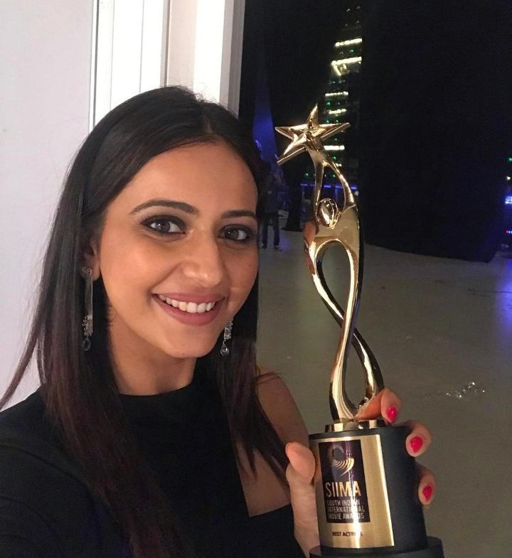 Tollywood Actress Rakul Preet Singh Photos At SIIMA Awards 2017