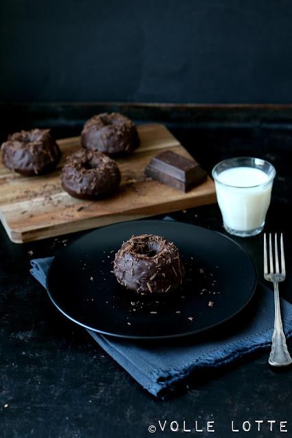 Valentinstag, Schokolade, Pralinen, Backen, einfach, Gugelhupf, Milch, Rezept