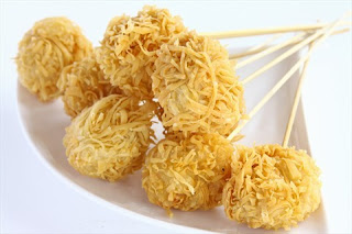 Makanan Khas Indonesia Bakso rambutan