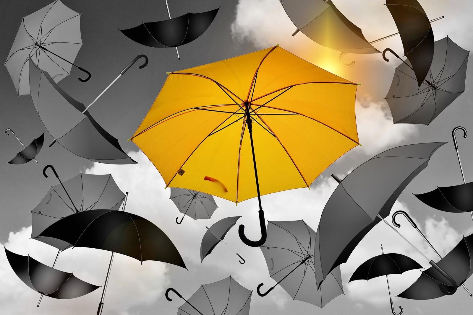 Budi nečije sunce, svjetlost u tami, light in darkness, suosjećanje, pomoć, duhovnost, empatija, spiritologija, žuti kišobran