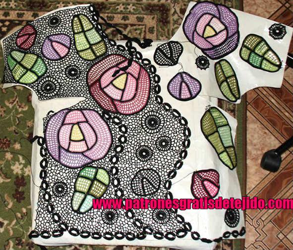 blusa-con-rosas-crochet
