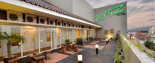 https://www.agoda.com/id-id/whiz-hotel-malioboro-yogyakarta/hotel/yogyakarta-id.html?cid=1664231