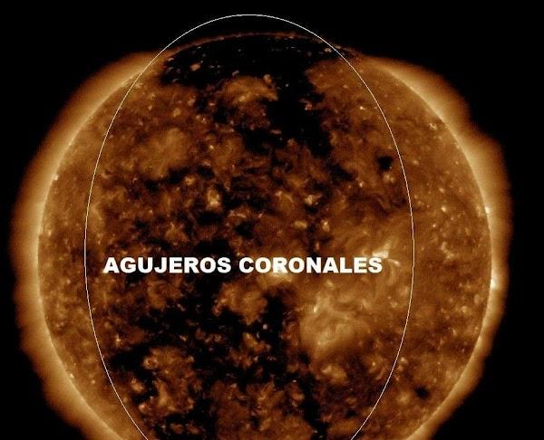 Viento solar se dirige a la tierra.