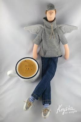 Krysia to uszyła - anioł rozrabiaka przy anielskiej kawie
