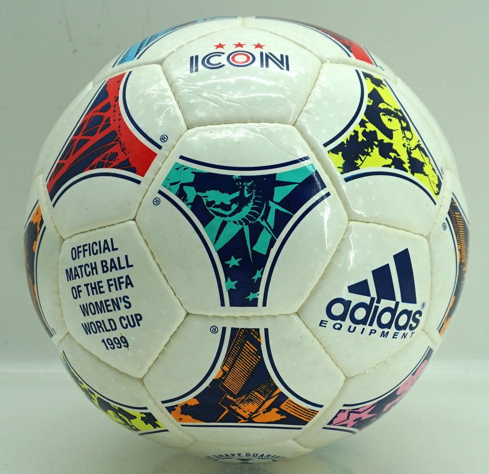 Hoy comenzamos una nueva sección con el fútbol femenino. El balón para  abrir esta categoría es el modelo de Adidas ICON. Este balón fue el oficial  para el ... fd8a5083c862f
