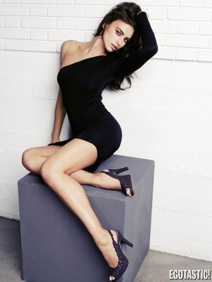 Irina Shayk Hot Post