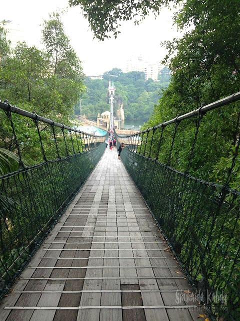 mencabar diri,jambatan gantung sunway lagoon