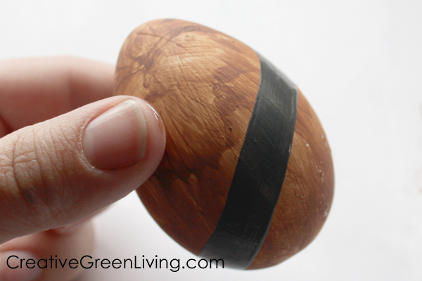 how to paint an easter egg that looks like chewbacca