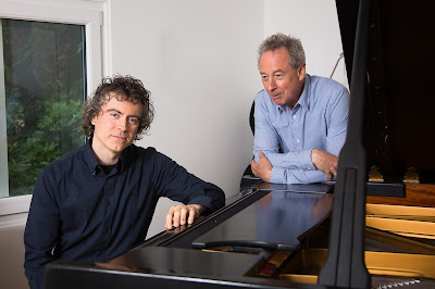Paul Lewis & Adam Gatehouse c. Simon Jay Price
