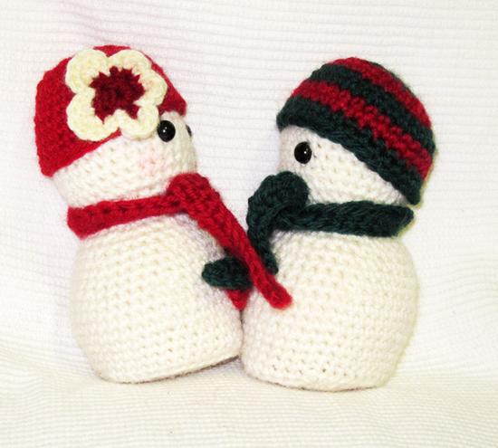 Little Crochet Toy Snowman #amigurumi #crochet #knitting ... | 495x550