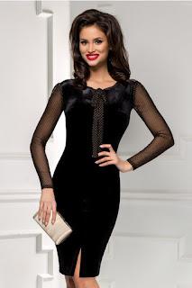 rochie midi neagra din catifea de ocazie cu maneci lungi din tull