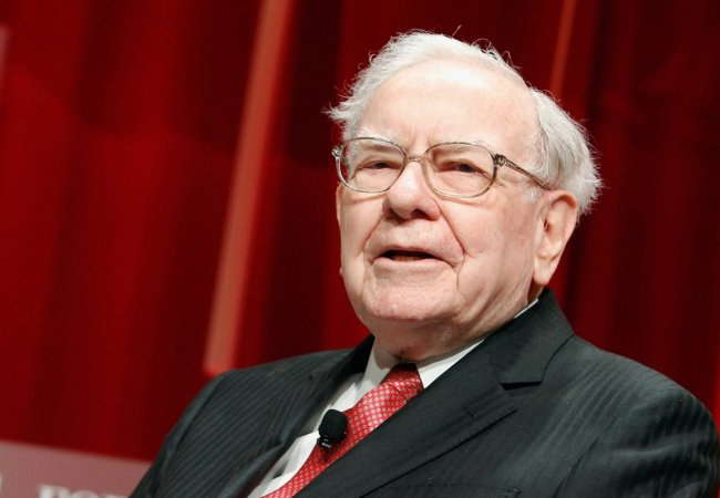 Tinuku Warren Buffett's Berkshire Hathaway to buy small stake in Paytm