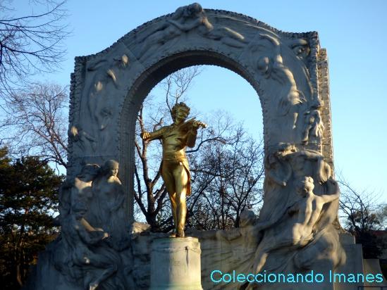 Estatua de Johan Strauss - visitar Viena en 3 días
