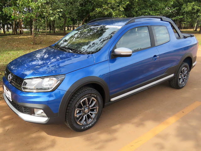 VW Saveiro Cross Cabine Dupla 2017