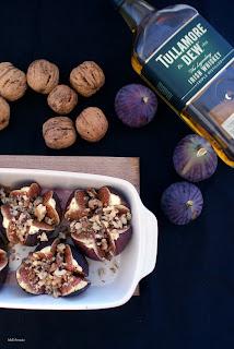 pieczone figi z orzechami