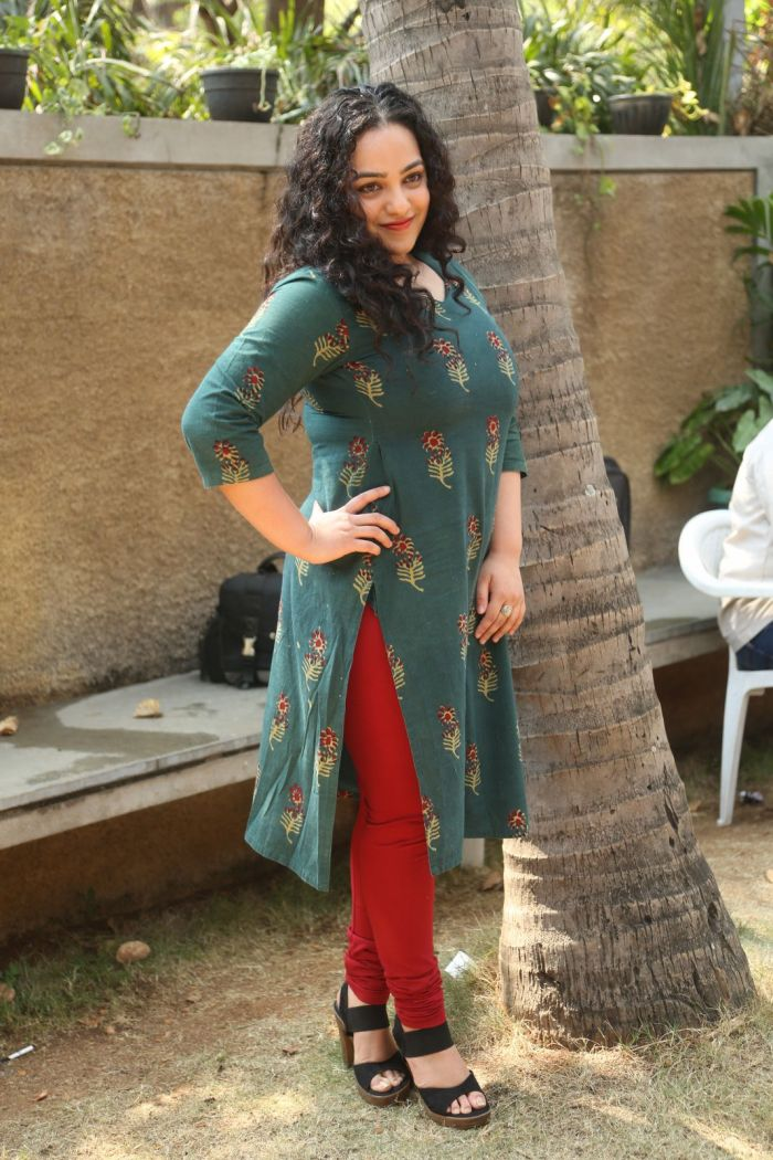 Actress Nithya Menon hot