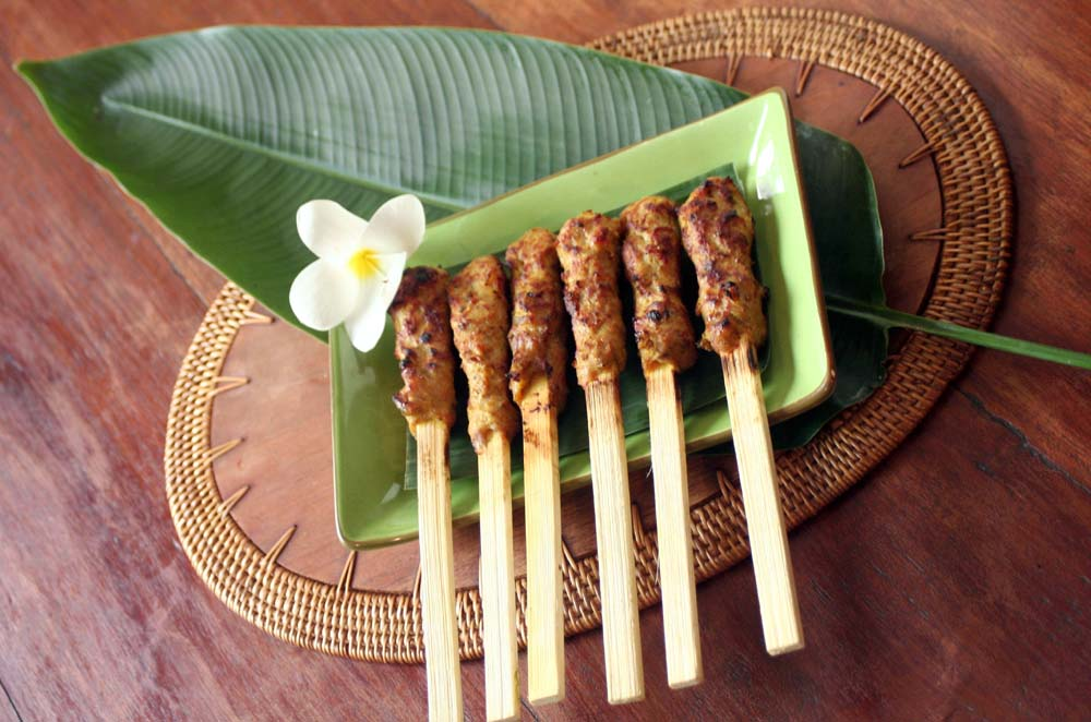 Makanan Khas Bali Sate Lilit
