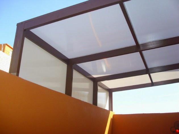 Son los domos de policarbonato superiores a los domos de for Techos de policarbonato para azoteas