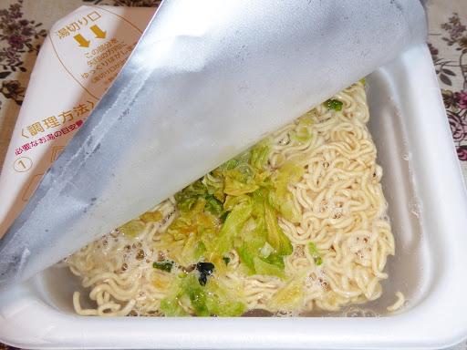 【マルちゃん(東洋水産)】昔ながらのソース焼そば《電子レンジで調理しました!》
