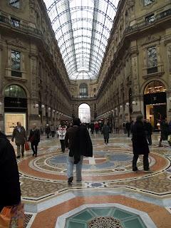viajero en Milán
