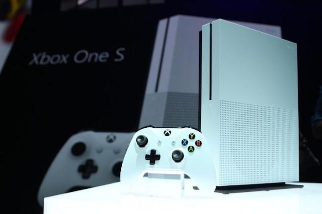 Microsoft lanza el nuevo Xbox One S, más delgado y barato