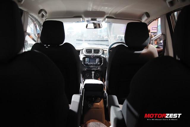 Tata Motors SUV Hexa at Delhi Auto Expo 2016