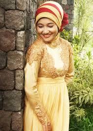 model baju kebaya Wanita Muslim terbaru