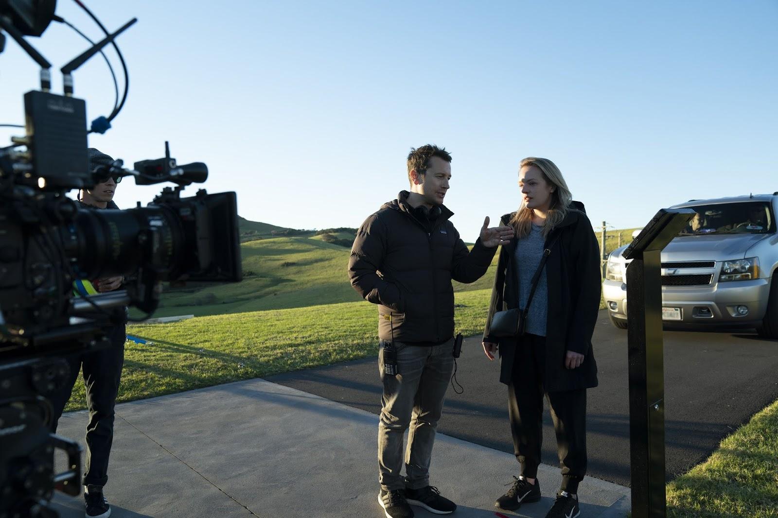 Escolha de Elisabeth Moss é destaque em novo vídeo de O Homem Invisível
