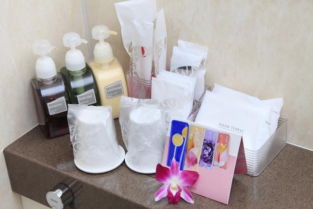 旅の際にかさ張る化粧水・乳液などをご用意