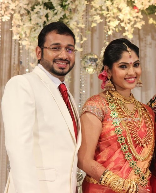Actress Muktha and Rinku Tomy during their wedding reception