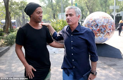 Jose Mourinho, Ronaldinho, Luis Figo and other football stars catch up in Mexico ahead of FIFA Congress (see photos)