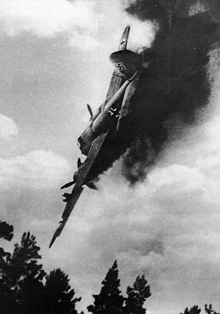 Luftwaffe Henschel Hs 129 1943.Perfectly Timed Photo worldwartwo.filminspector.com