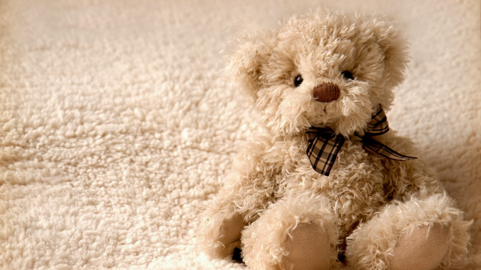 Very Cute Girl Hd Wallpapers Lovely And Beautiful Teddy Bear Wallpapers Image Wallpapers