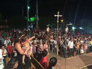 Imagens da Missa de abertura da festa em honra a São Francisco em Lucrécia - RN
