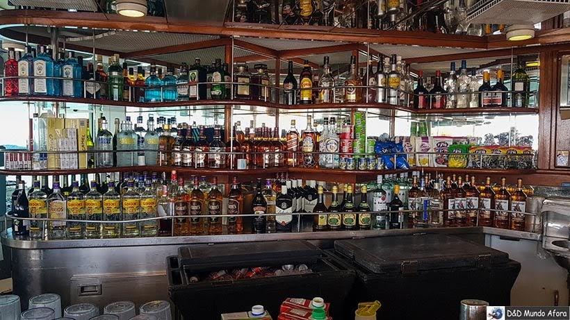 Bar do Navio Monarch, Pullmantur - Diário de Bordo: cruzeiro pelo Caribe