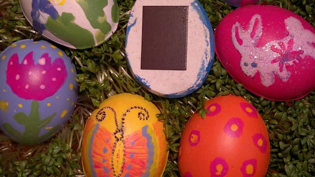 Gipsowe jajka - pisanki z doklejonym magnesem