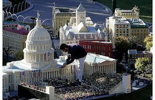 amazing LEGO creation: Obama's inauguration made from LEGOs
